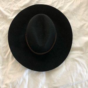 Black phase 3 wool floppy hat! NWT!